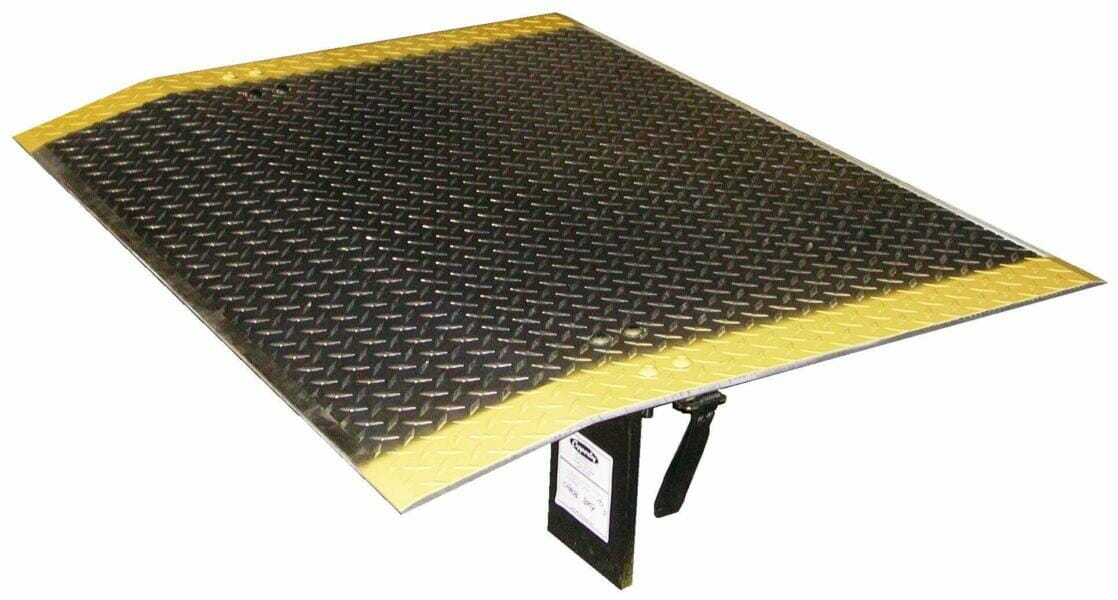 Truck Edge Mobile >> Rail Dock Boards and Dock Plates   Copperloy Loading Dock ...