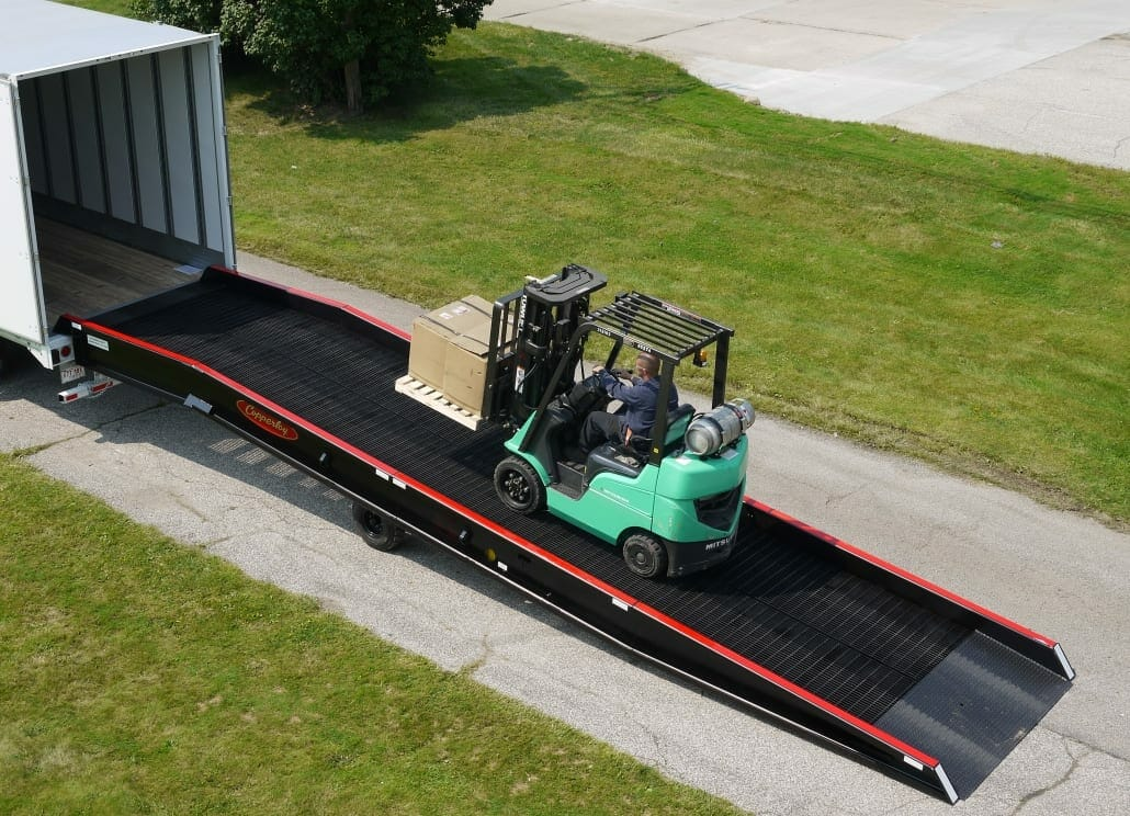 Loading Ramps For Semi Truck & Trailer